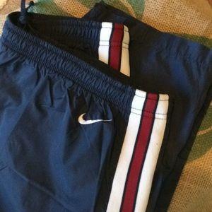 Nike Warm up pants w/snap bottoms XL.